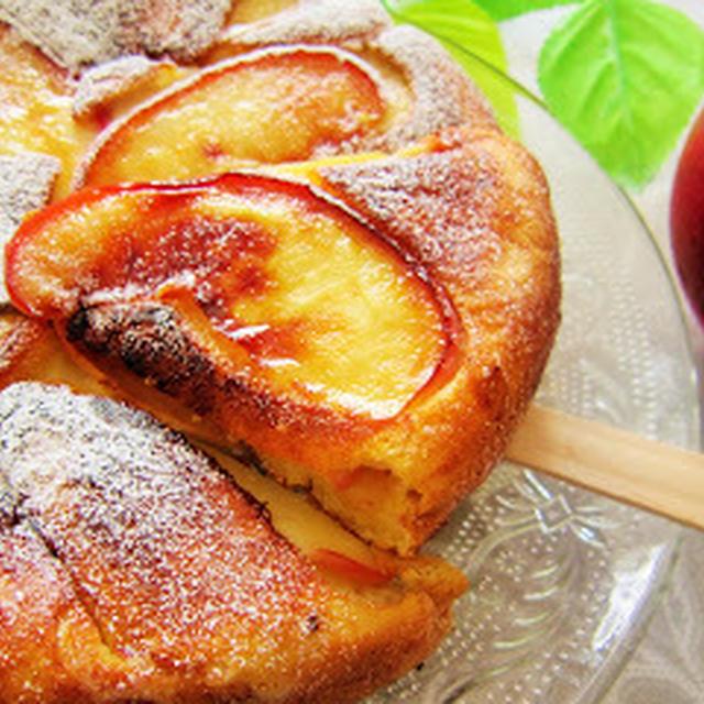 秋のおやつに♡シナモンがほんのり香る林檎のホットケーキ