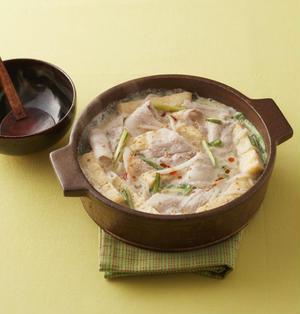 豚バラ肉のごまラー油鍋レシピ