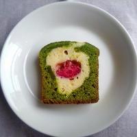 苺と抹茶のケーキ
