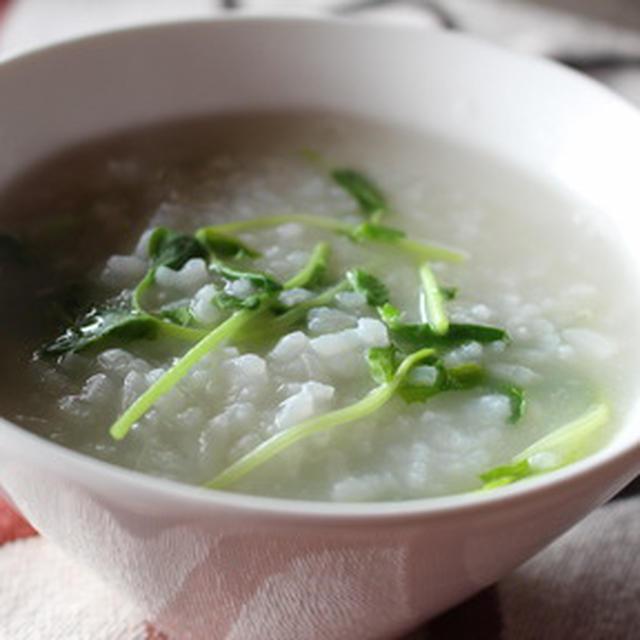 365日米レシピNo.107「豆苗中華粥」