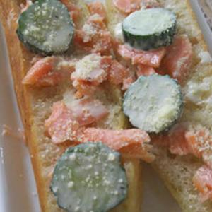 鮭ときゅうりのチャバタサンド