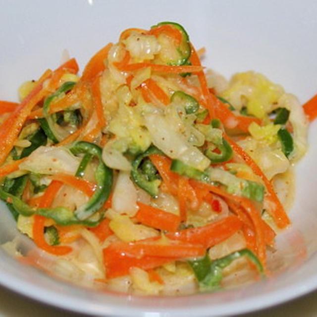 野菜のマリネとトマトソースペンネ