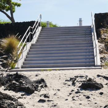 KUA BAYに階段!!