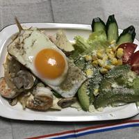 鶏ひき肉とエビと豆腐のアジアン風炒め