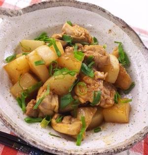 マヨネーズでコクをプラス!鶏肉と大根の照りマヨ炒め