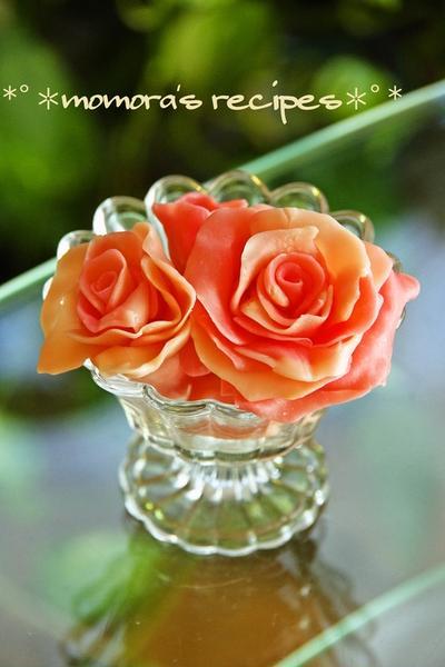 バレンタインお菓子♡材料3つだけ超簡単チョコレートの薔薇♡デコレーションにも