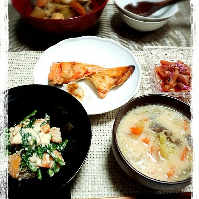 ザ・和食!塩鮭と煮ものの夜ごはん♪