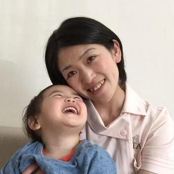 1歳・・1歳のバースデー記念の出張撮影・ママさんが素敵なブースを用意してくれたの...