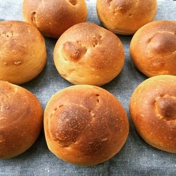 黒糖結びパン