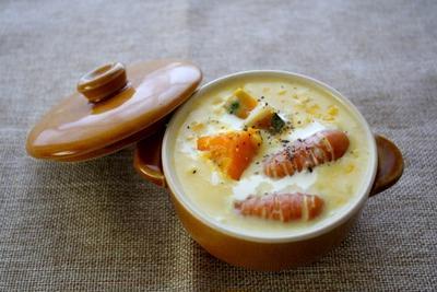 とうもろこしとかぼちゃとウインナーのクリームスープ