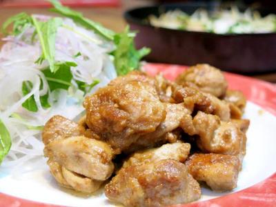 今日の晩ご飯/香ばしくてふっくら!「鶏もも肉のマヨ醬油焼き」と、ニトスキで「もやしの巣ごもり卵」