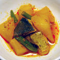 ぴりっと辛いぶり大根☆山椒と豆板醤の味噌味で:アウター選びに4日かかってます