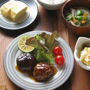 一汁三菜。椎茸の肉詰め 甘酢あん、だし巻きたまご、ポテトサラダ