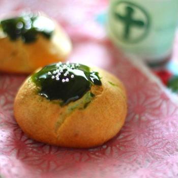 抹茶シュークリーム *Green Tea Cream Puffs*