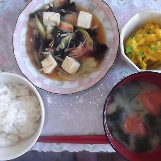 今日の食卓~豆腐の五目中華炒め~