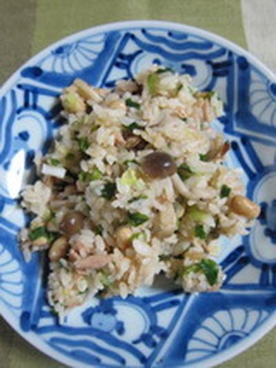 「ツナと大豆のガーリック炒飯」