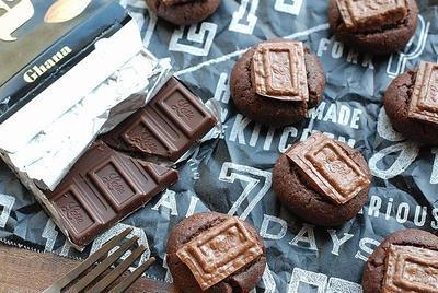 ざっくざく♡板チョコ1枚使い切り!バター不使用の濃厚チョコクッキー