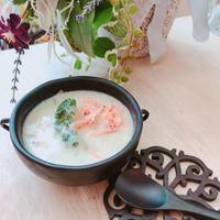 ブロッコリーと桜海老がたっぷり♡豆乳とお出汁のポタージュ