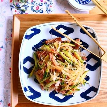 あると助かるかんたん作り置き! おかずにもおつまみにも◎、焼き豚ときゅうりの中華風春雨サラダ。