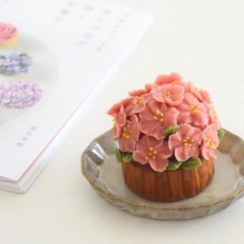 桜のあんフラワーカップケーキに挑戦♪WILTONマスターデコレーションチップセット♡