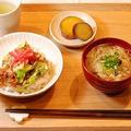材料費一人100円以下!甘辛キャベツのひき肉丼定食