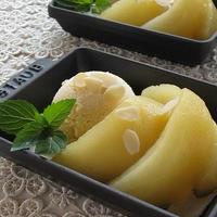 シナモン香る♪ りんごのコンポート バニラアイス添え