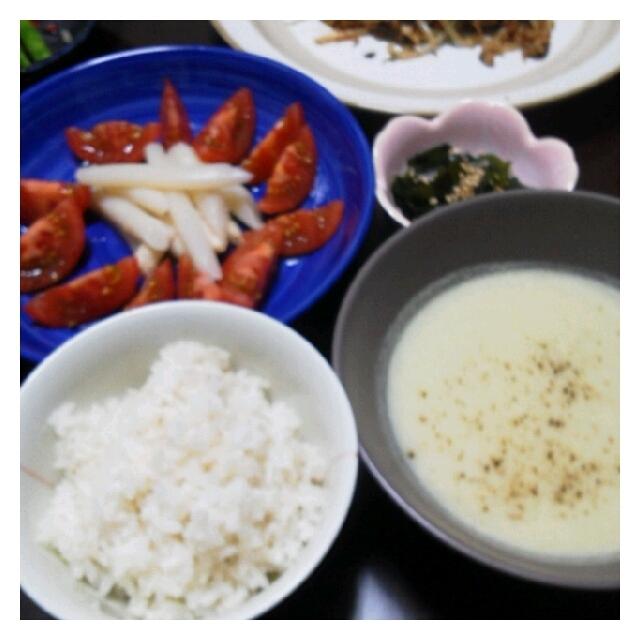 今日の夕ご飯☆あるもの野菜でスープ