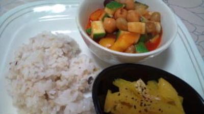 豆と夏野菜のトマト煮
