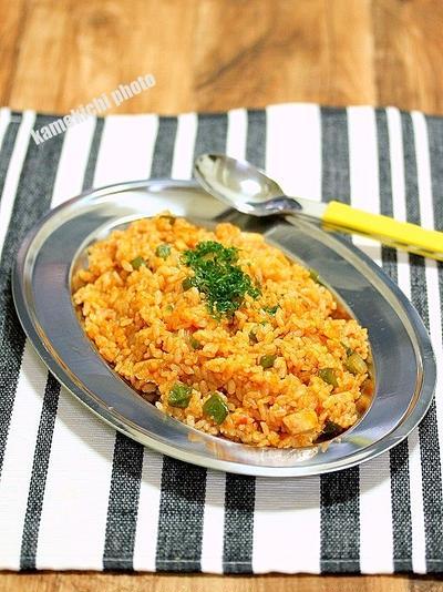 懐かしい音がする「チキンライス」&奈良で食べたラーメン「麺屋 鶏乃門」