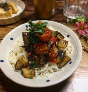 ちょっとピリ辛☆トマトと茄子の甘酢あんかけ素麺