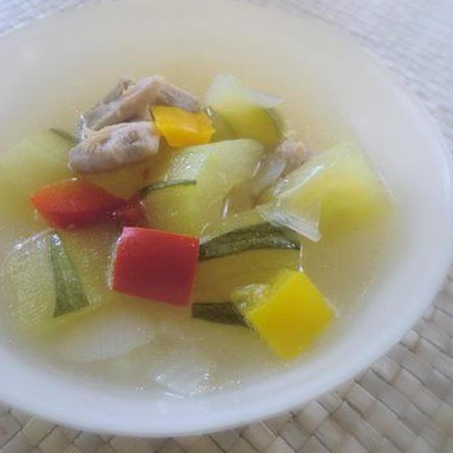 はぐらうりで夏野菜の冷たいスープ