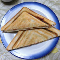 <かりかりホットサンド>で朝ご飯♪