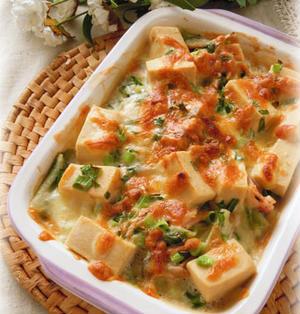 高野豆腐と白菜の豆乳グラタン