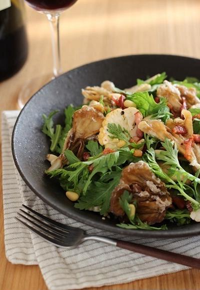 揚げ舞茸と春菊のサラダ