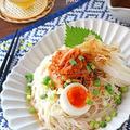 夏にピッタリ♪サクサク長芋とキムチのピリ辛素麺♪