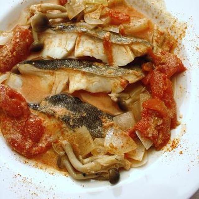 ルクエで簡単!タラのカスピ海ヨーグルト&チリトマト煮込み