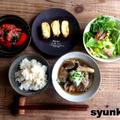 【簡単!!カフェごはん】鶏ときのこの煮物おろし乗せ、玄米とだし巻き卵の定食