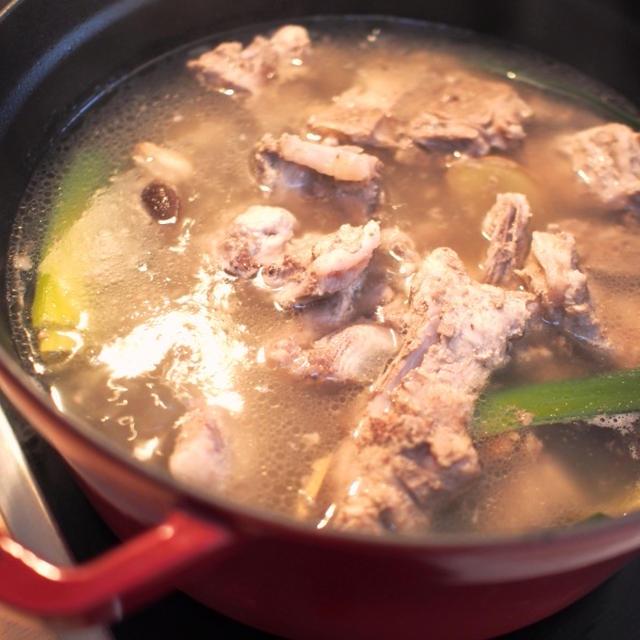 【主食】覚えておきたい!とんこつスープの取り方&とんこつラーメンのたれのレシピ♡