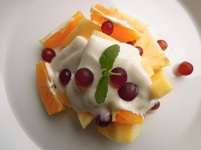 フルーツとカシュークリーム