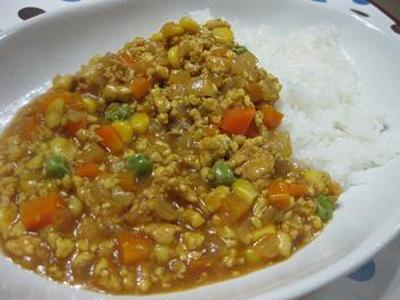 お豆腐とミックスベジタブルでキーマカレー風