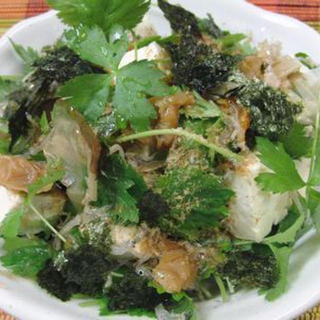 豆腐と三つ葉の梅海苔じゃこサラダ