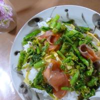 菜の花のゆずナッツサラダのせ♪ちらし寿司