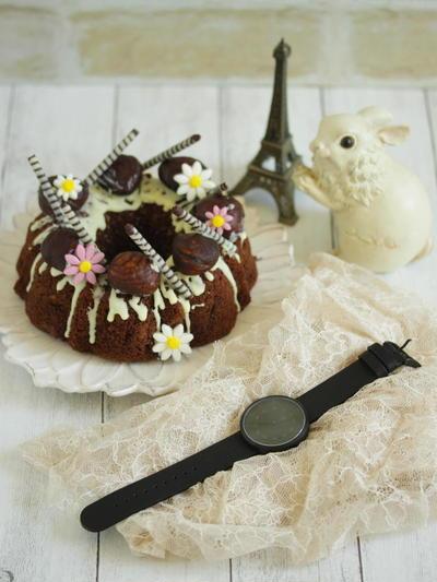 * マロンケーキとスタイリッシュな素敵な時計♪