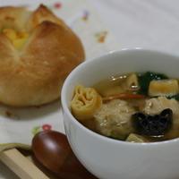 ハロウイーンパスタ入り肉団子スープ