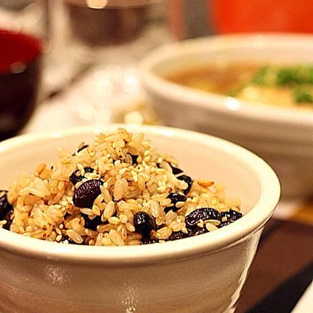 ル・クルーゼで炊く黒豆玄米ごはん
