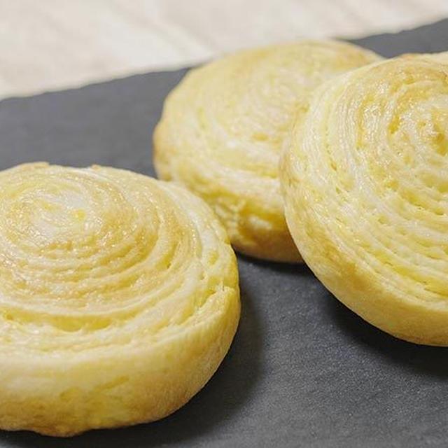 うずまき成形のカスタードクリーム折り込みパンのレシピ