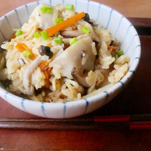 きのこと生姜味噌の炊き込みご飯
