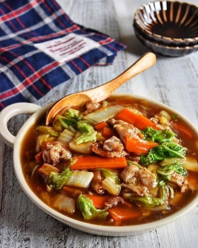 ごはんがすすむ!とろっとおいしい「豚と白菜の炒めもの」はいかが?