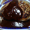 セロリソルトがアクセント! 手でこねないで作る肉粒感たっぷりのハンバーグのレシピ by comodo【10秒迷路】さん