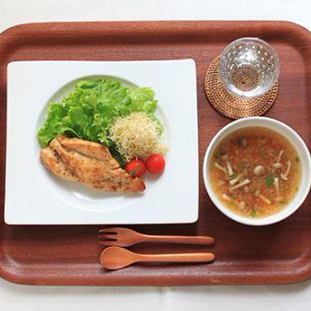 ハニーマスタードチキンソテー、即席トマトスープとcorcorさんの野菜ブイヨンのこと。